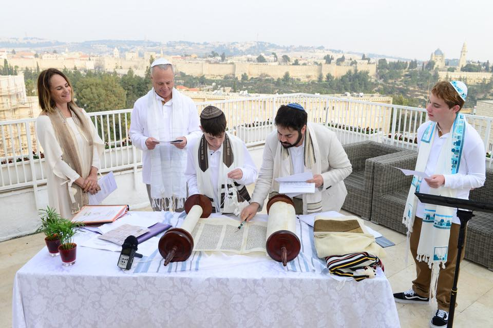 Native Returns Home with Hebrew Helpers